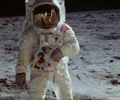 Показ документального фильма «Аполлон-11»