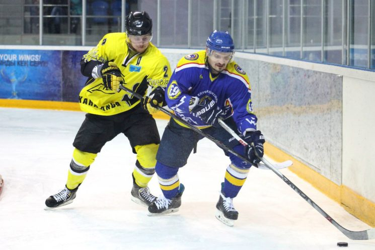 Хоккей: Алматы - Темиртау