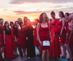 Вечеринка «Lady in Red»