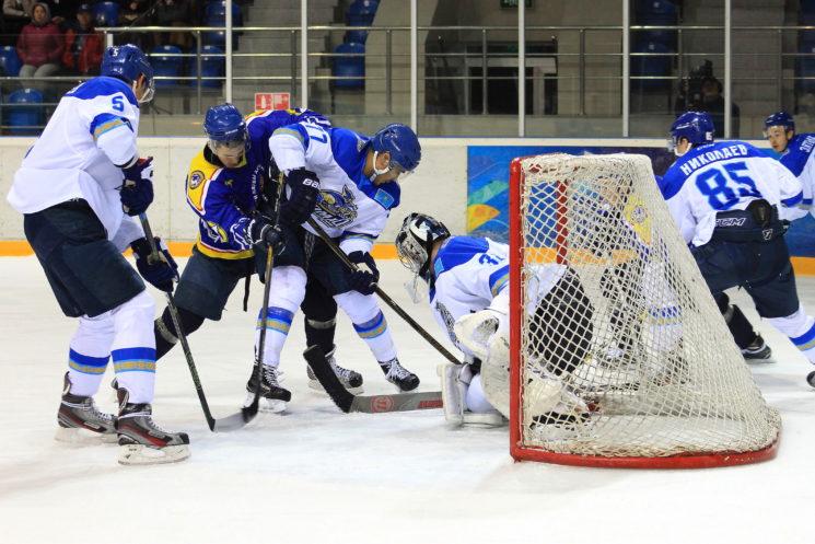 Хоккей: Алматы - Номад