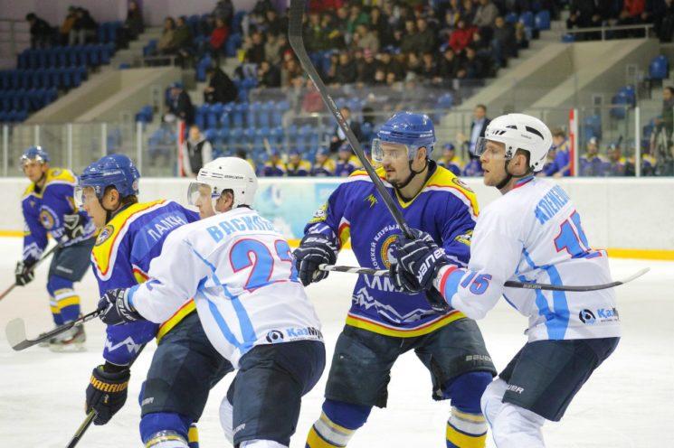 Хоккей с шайбой: Алматы-Ертiс