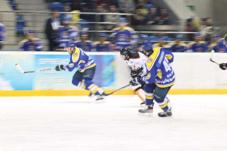 Хоккей: Алматы — Астана
