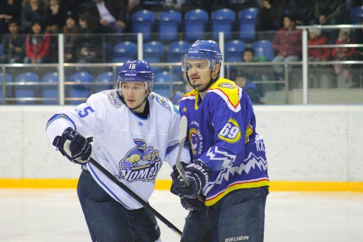 Хоккей: Алматы — Номад