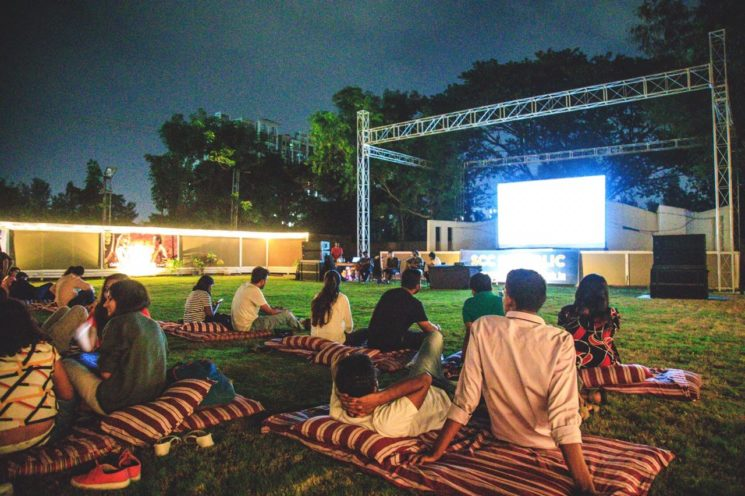 media-base-open-air-cinema-bollywood-special-pune-2019-1-28-t-21-15-3