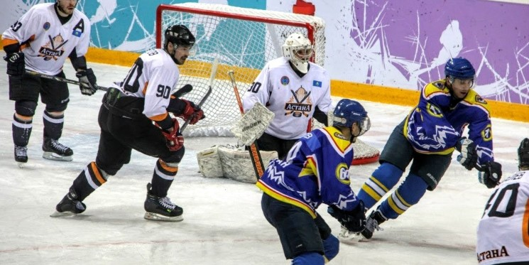 Хоккей: Алматы - Астана
