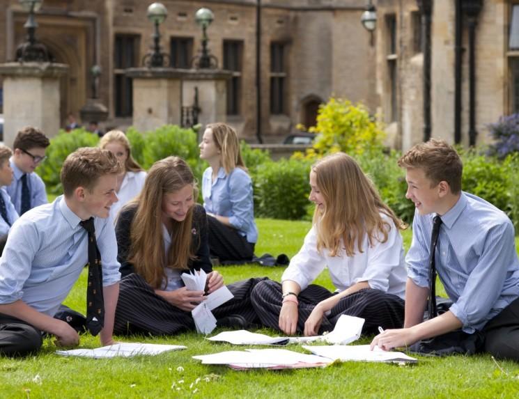 Выставка школ и колледжей Великобритании