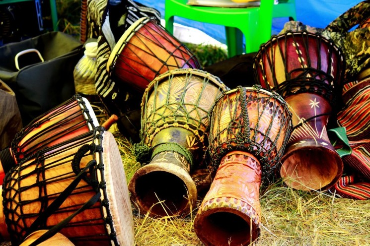 игра-на-африканских-барабанах