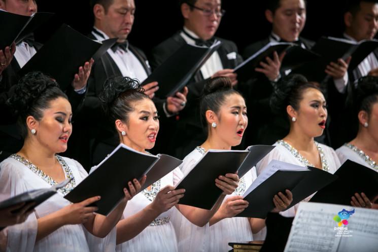 Концерт монгольского хора