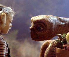 Показ фильма «Инопланетянин»