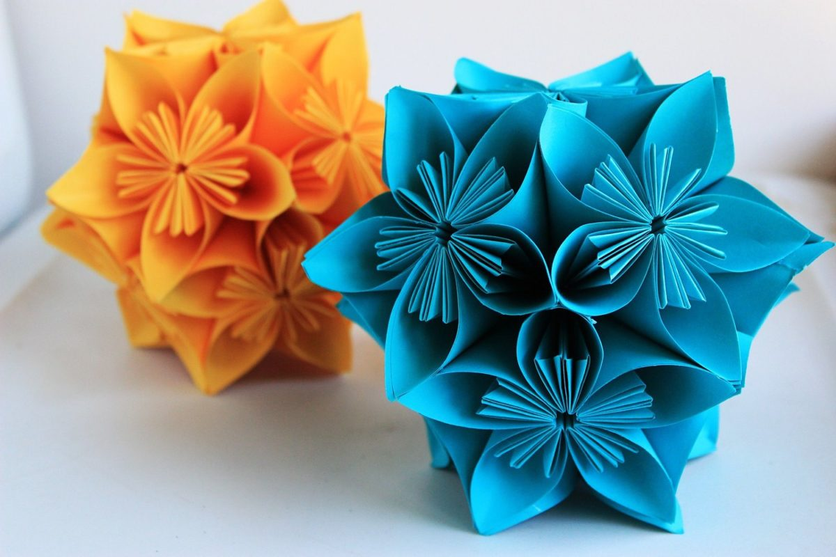 Как сделать цветок из бумаги своими руками оригами фото