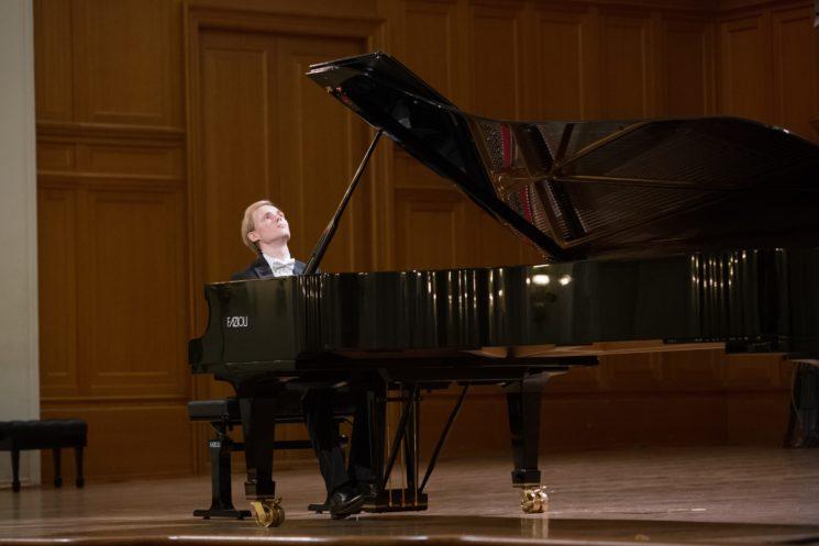 Концерт Андрея Дубова (фортепиано, Россия)