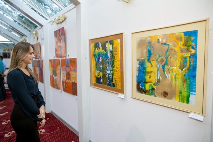 "Персональная выставка Ахмета Ахата ""Мироздание"""