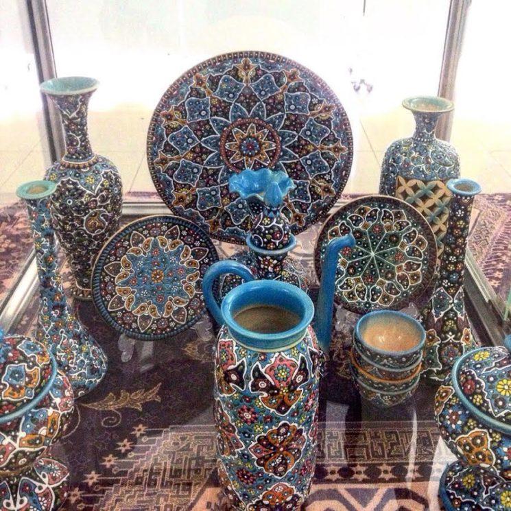 Выставка изделий ручной работы иранских мастеров