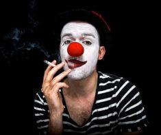 Спектакль «Возле клоуна»