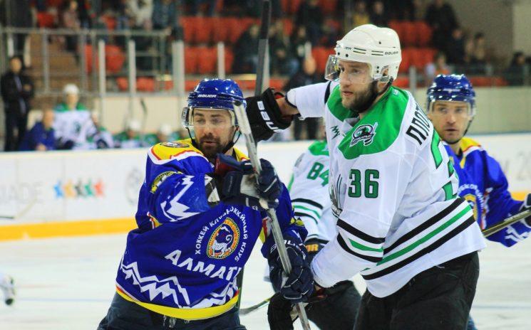 Хоккей с шайбой: Алматы - Бейбарыс