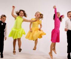 Детские танцы на английском языке