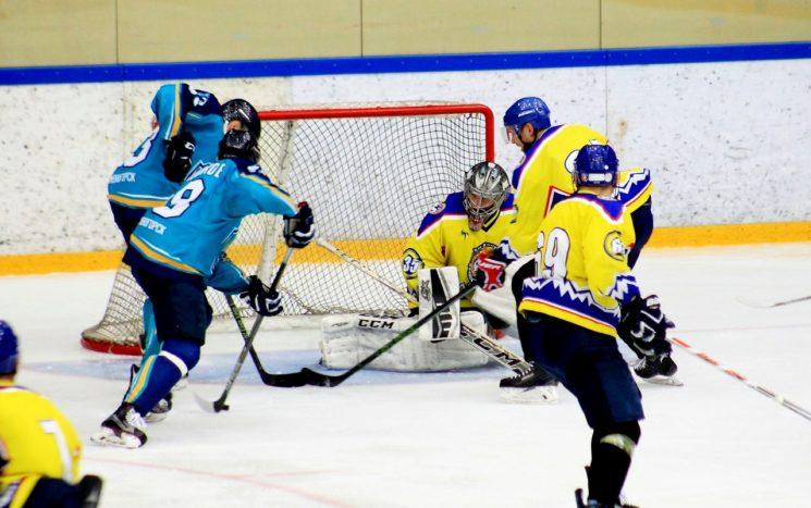 Хоккей с шайбой: Алматы - Алтай Торпедо