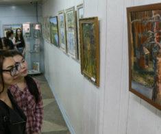 Благотворительная выставка «Наедине с природой»