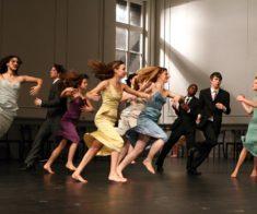 Мечты о танце/Юные исполнители танцуют «Kontakthof» Пины Бауш