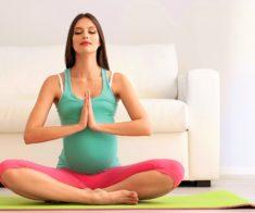 Пробное занятие для беременных в студии «Йога ОМ»