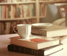 5 кафе для книголюбов