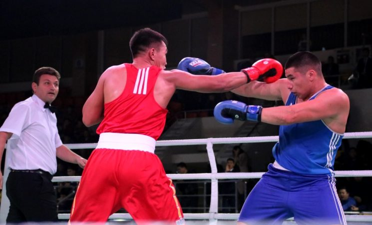 Чемпионат города по боксу среди взрослых