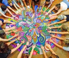 Мастер-класс по рисованию женской мандалы «Цветение персика»