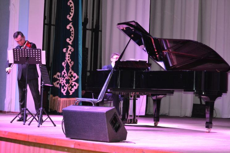 Вечер камерной музыки Еркебулан Сапарбаев и Арман Тлеубергенов