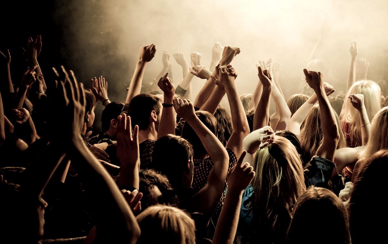 Рассказы про толпой, Трахают толпой: порно рассказы и сексуальные 23 фотография