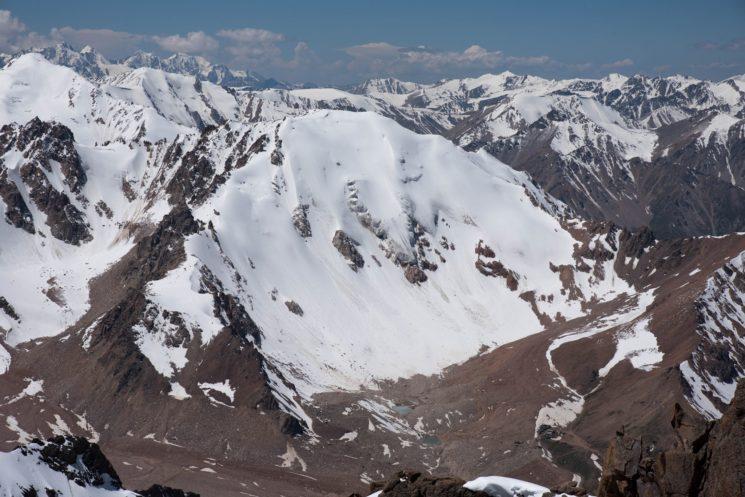 Студенческая альпиниада на пик Молодежный (4147м)