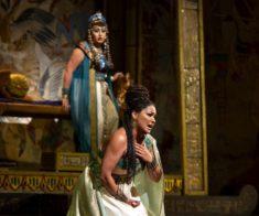 Показ оперы «Аида»