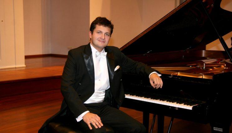 Сольный концерт Петра Шиховского