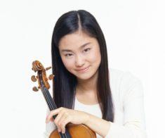 Известная скрипачка Саяка Седзи в Алматы