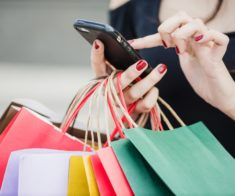 Хватай и беги: список магазинов, участвующих в «Черной пятнице»