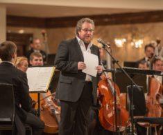 Концерт-лекция Артема Варгафтика