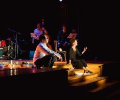 Спектакль «Счастливые поют»