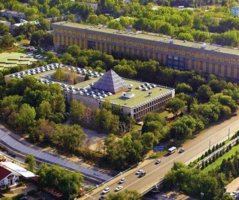 Национальная школа архитектуры. Поиск национального своеобразия
