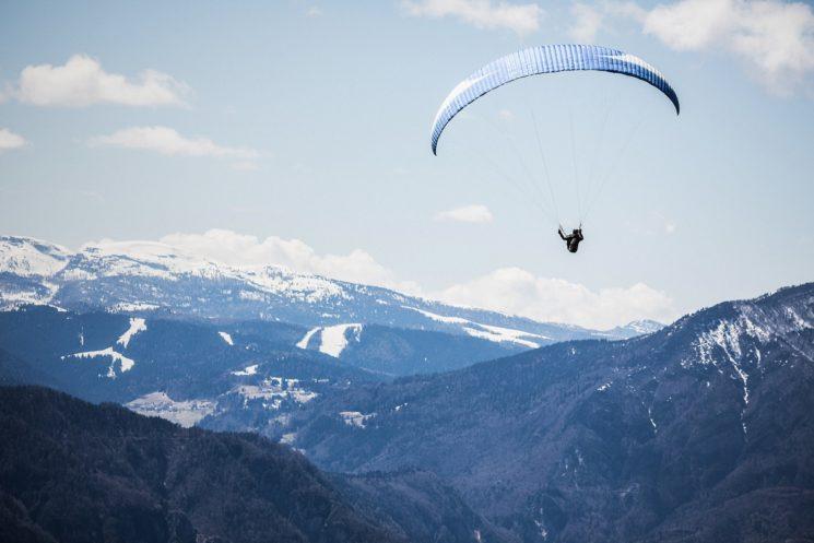 mountain-sport-adventure-mountain-range-flying-flight-500232-pxhere-com