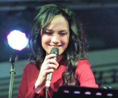 Выступление Дианы Макиной