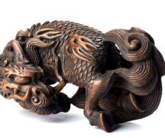 Выставка из Японии «Современные нэцкэ из дерева»