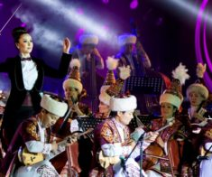 Концерт «Отрар Сазы» им. Н. Тлендиева и группа «iFly»
