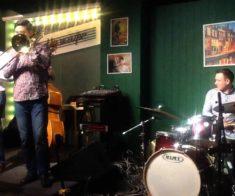 Выступление Khomenkov band