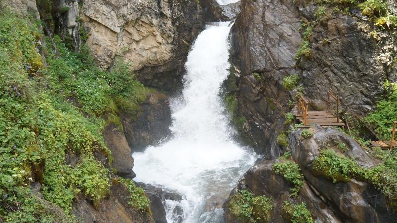 кайракский водопад алматы