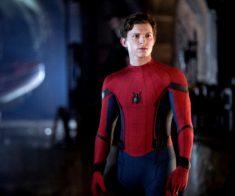 Columbia Pictures представляет: «Человек-паук: Вдали от дома».