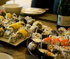 Мастер-класс «Суши и вино. Роллы своими руками»