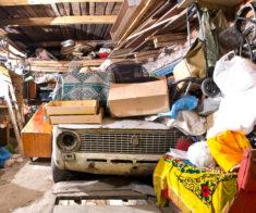 8 мест, куда можно сдать ненужные вещи