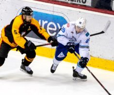 Хоккей: «Барыс» — ХК «Трактор»