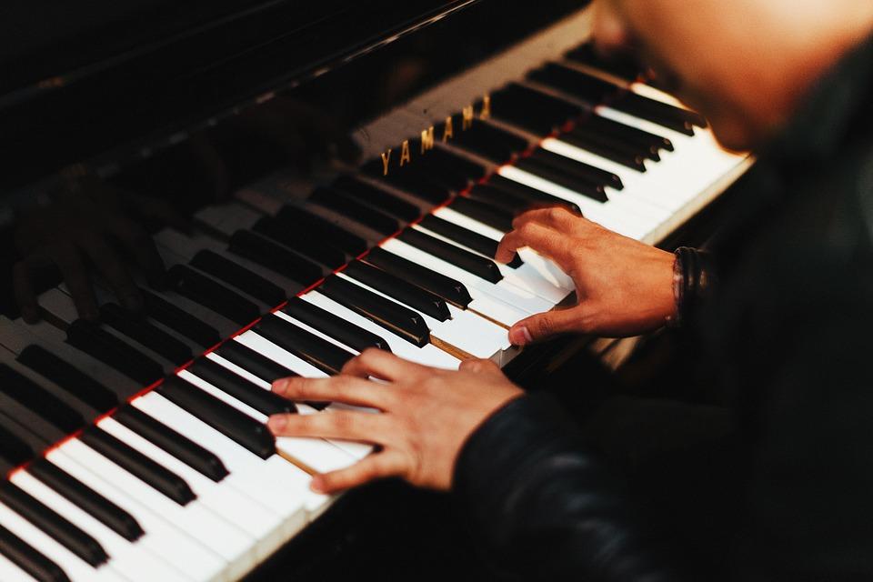kontsert-ili-beshevli