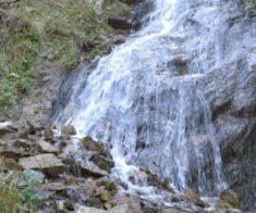Поход «Горячий источник и водопад «Девичьи слёзы»