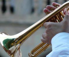 Онлайн-концерт «Старинные вальсы и марши»